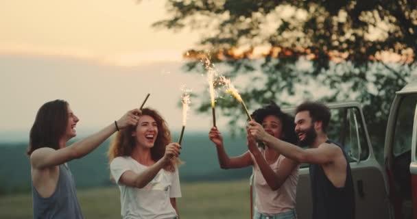 Видео с лесбиянками на пикнике, секс порно исторические ретро фильмы