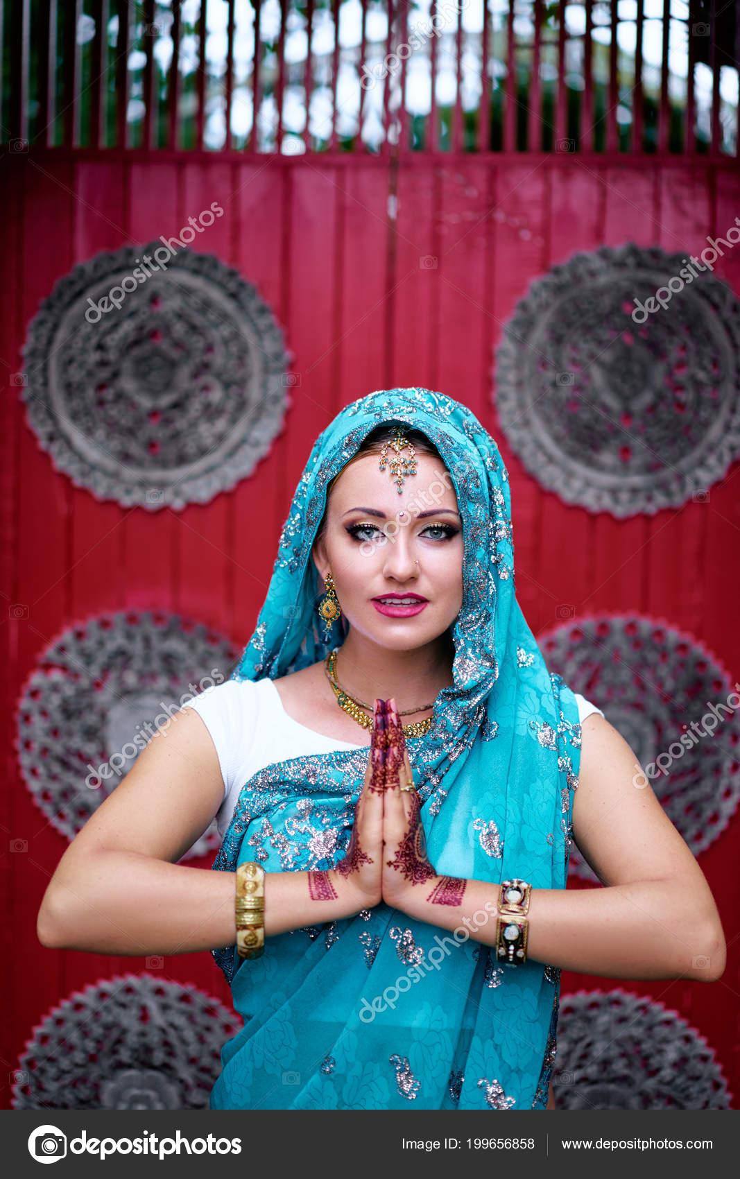 Beautiful Young Caucasian Woman Traditional Indian Clothing