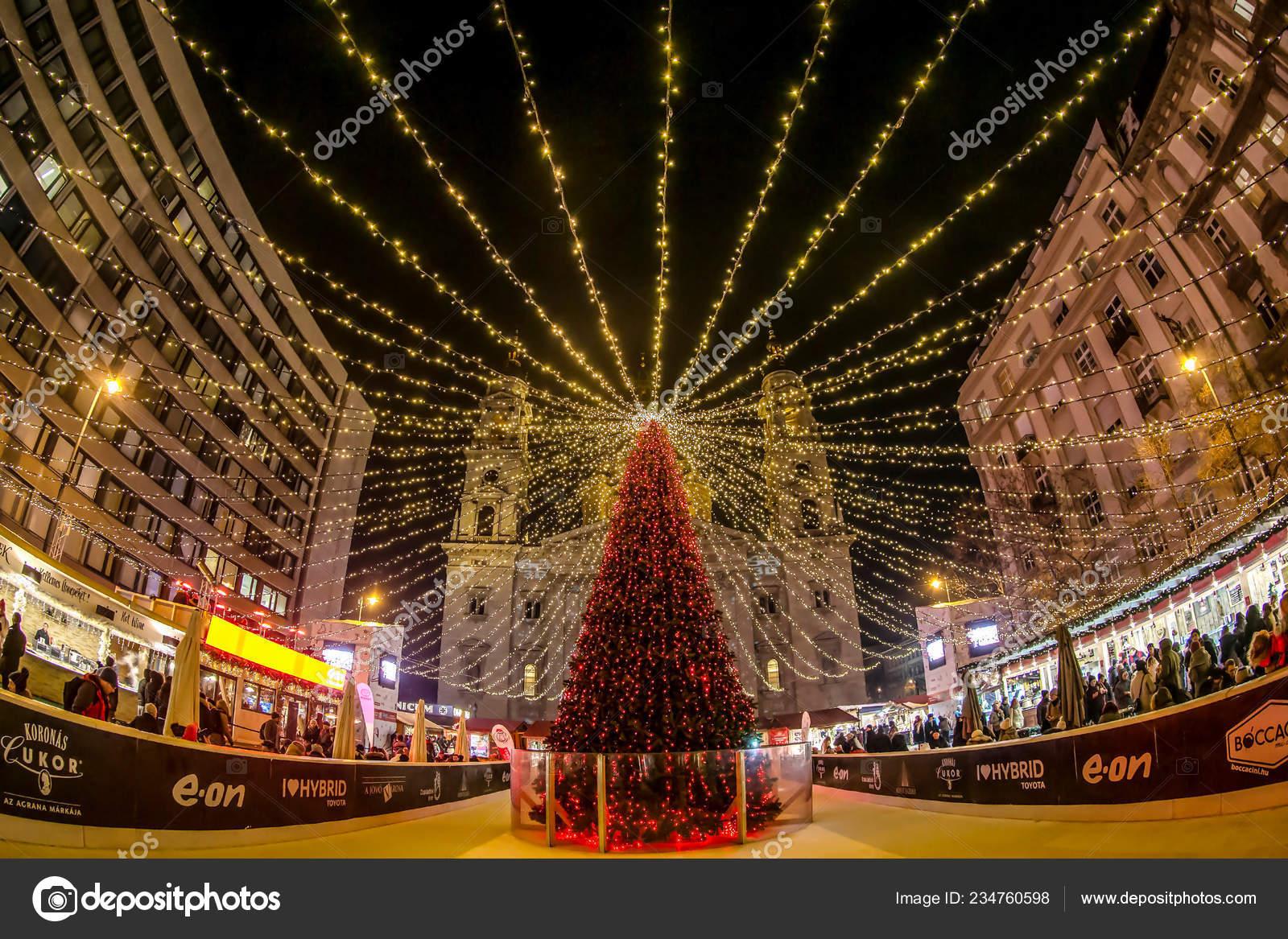 Budapest Christmas Market 2018.Budapest Hungary December 2018 Christmas Market Advent Feast