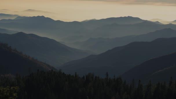 Jižní Sierra Nevada Mountains malebný západ slunce. Kalifornie, Spojené státy americké