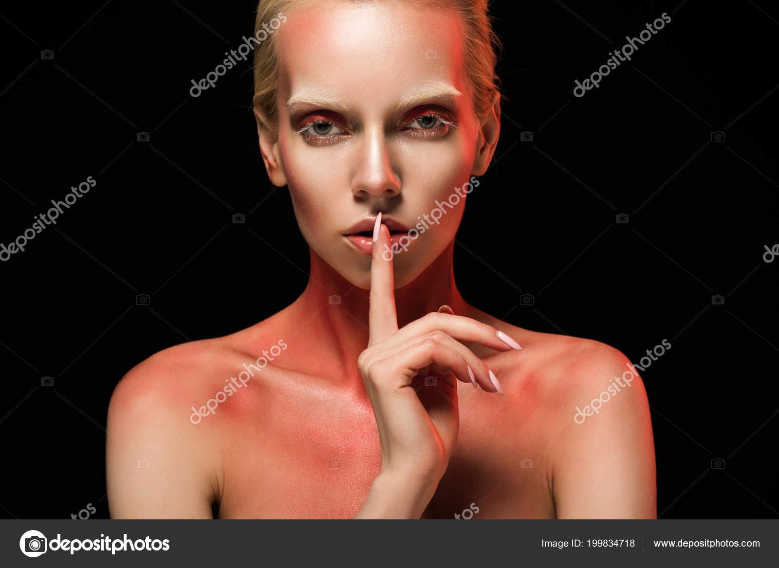 κόκκινος σωλήνας λεσβιακό πορνό