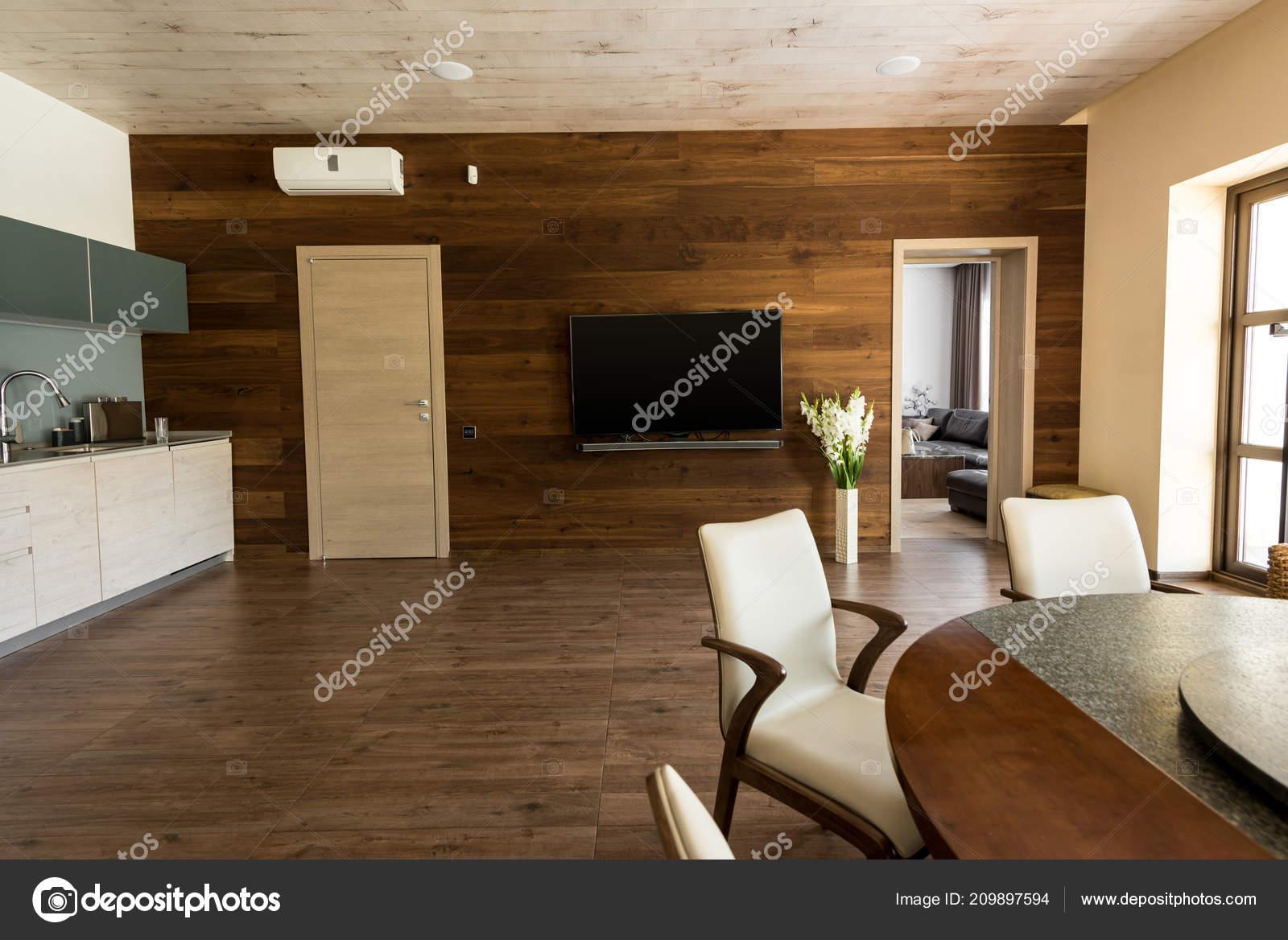 Interior Cocina Comedor Con Mesa Sillas Set — Foto de stock © Y ...