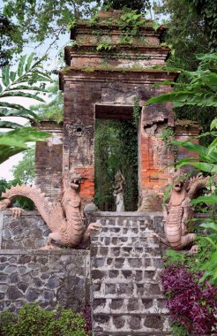 Tirtha Gangga - the former royal palace in the east of the island of Bali in Indonesia, is known for its water palace, owned by Karangasem Royal. (This is a labyrinth of pools and fountains surrounded by a lush garden, stone carvings and statues).