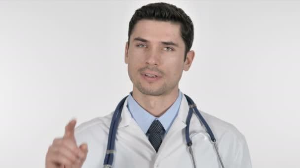 nein, Arzt winkt ab, um abzulehnen und zu leugnen