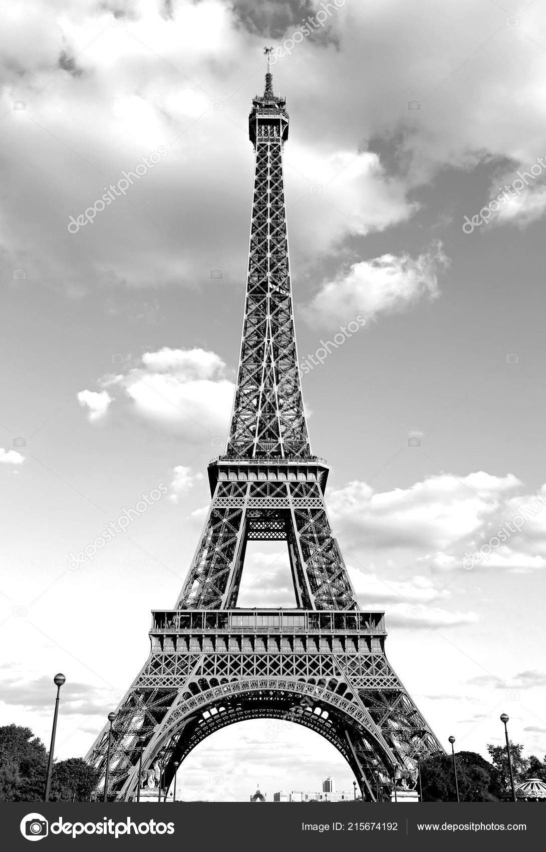 Pictures Black And White Eiffel Tower Big Eiffel Tower Black White Effect Paris Stock Photo C Chiccododifc 215674192
