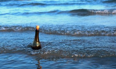 famous song says Message in a Bottle