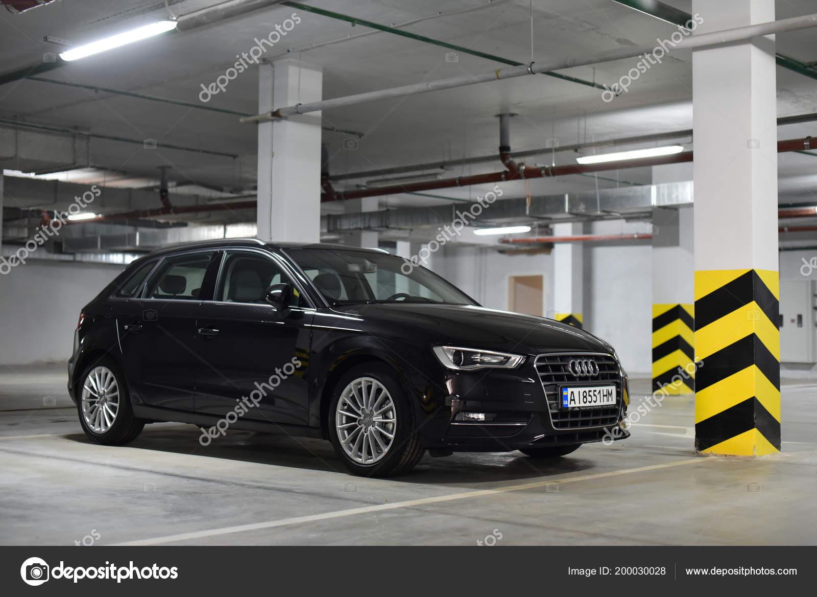 Kiev Ukraine Car Audi Hatchback Parked Underground Parking Apartments Stock Editorial Photo C Alexfan32 200030028