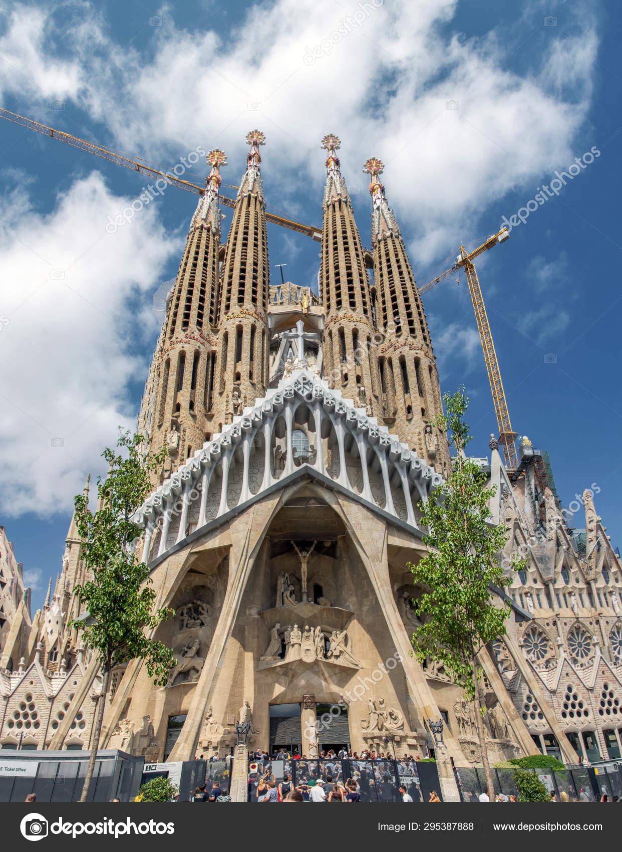 Barcelona Spain July 2019 Sagrada Familia Catholic Church Barcelona Designed Stock Editorial Photo C Artavet 295387888
