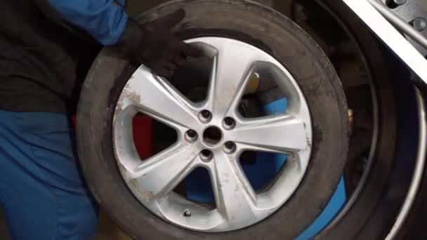 Auto kola vyrovnávání v pneuservis