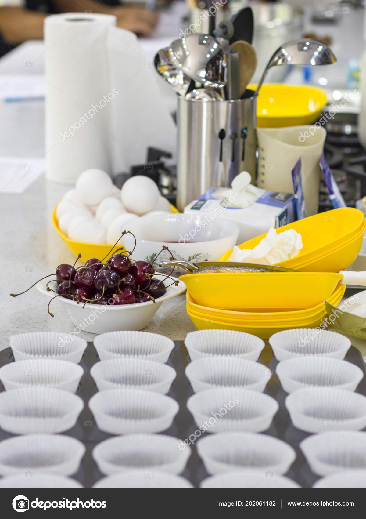 Escuela Cocina Ingredientes Cocina Utensilios Mesa Niños Cocineros ...