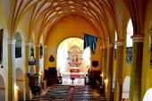 Erődített középkori szász evangélikus templom Cincu faluban, Grrossschenk, Erdély, Románia. A települést a szász telepesek alapították a 12. század közepén.