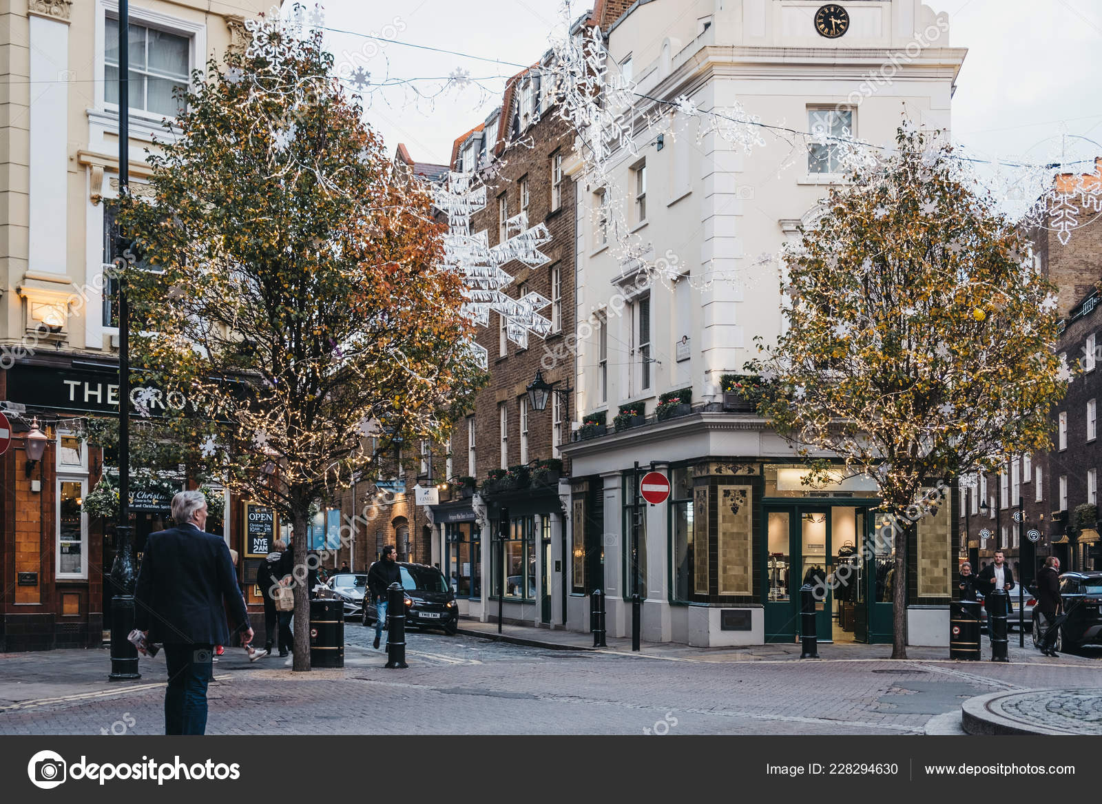 Christmas Lights And Decorations On A Street In Covent Garden L Stock Editorial Photo C Alenakr 228294630