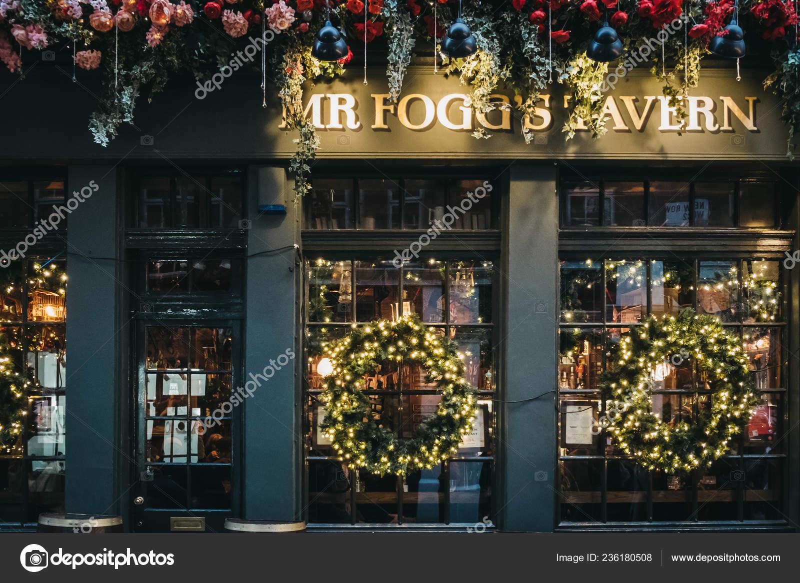 London January 2019 Christmas Decorations Fogg Tavern Old