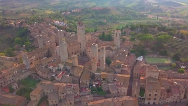 Drone aerial footage of the wonderful village of San Gimignano. A Unesco World Heritage. Tuscany, Italy