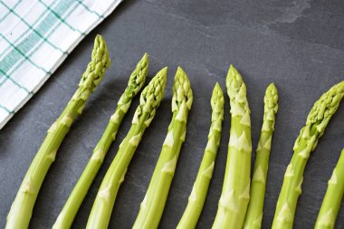 ripe uncooked asparagus close up