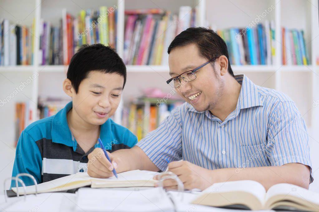 Teen asiatique sexe photos www poilu Pusy