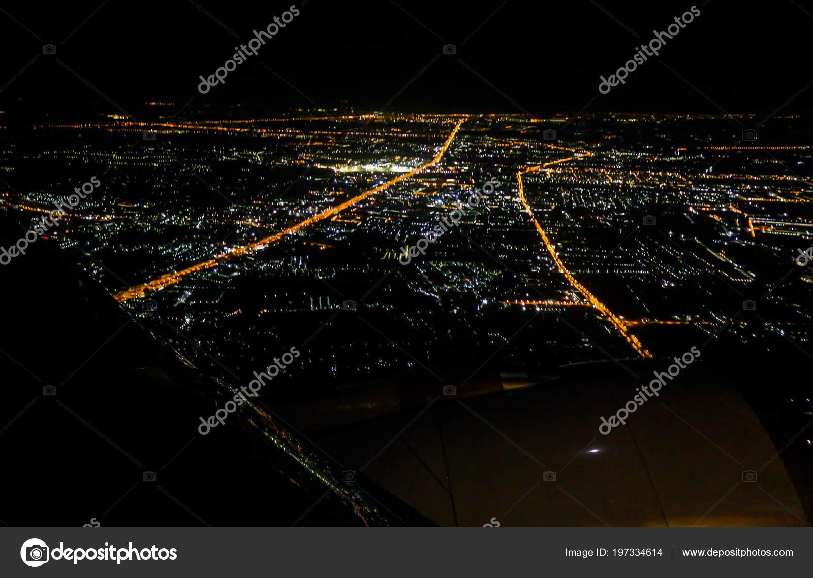 Фото ночного бангкока с самолета
