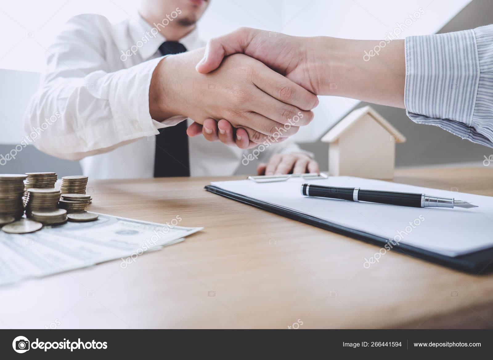 как найти клиентов на покупку недвижимости
