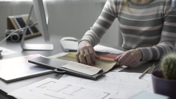 Profesionální dekoratátor výběr políček Fabric