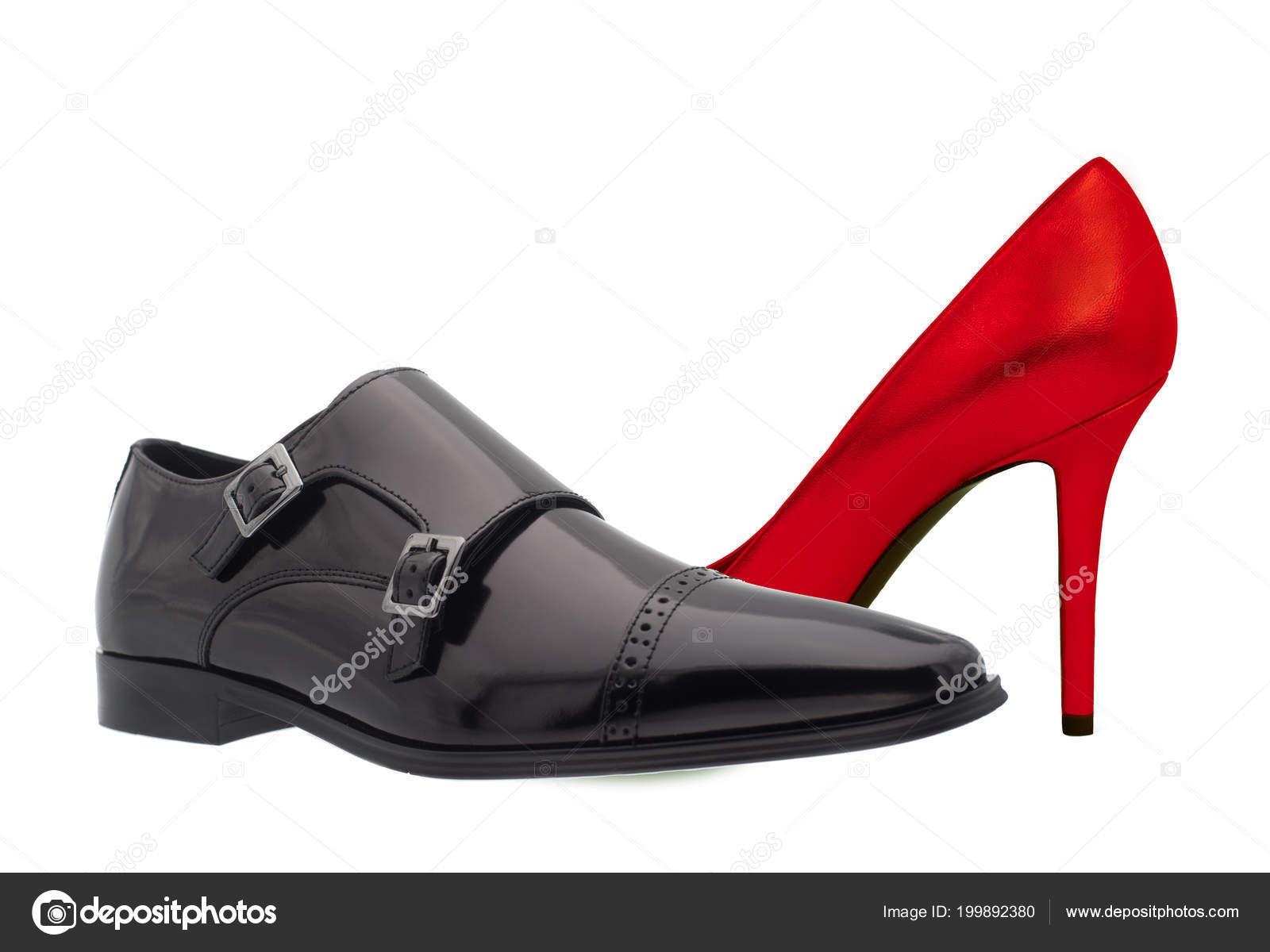 e996788e9 Sapato preto e vermelho. Calçado masculino e feminino — Stock Photo ...