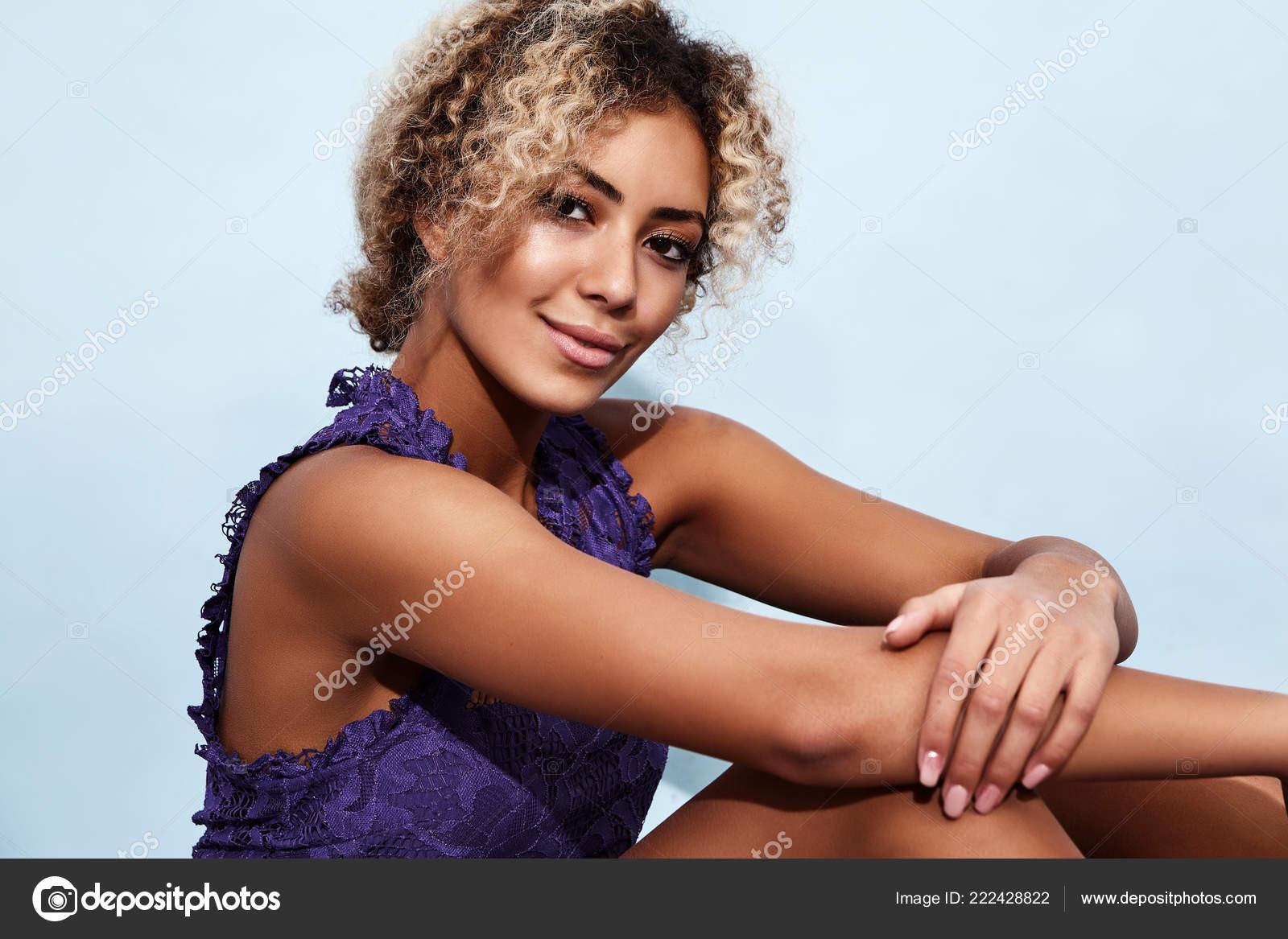 femmes noires chaudes et sexy amateur masturbation gicler