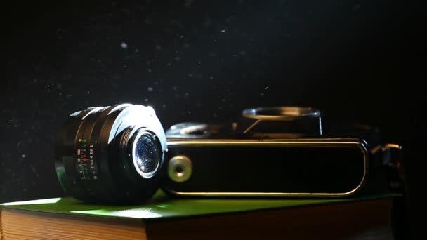 régi fénykép fényképezőgép könyvek