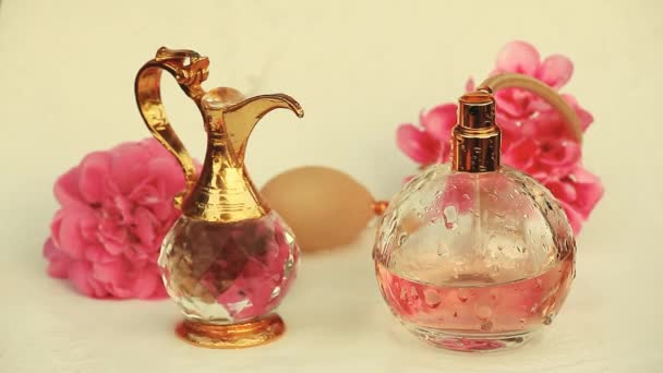 Glass perfume bottle water drops gold jug flowers hd
