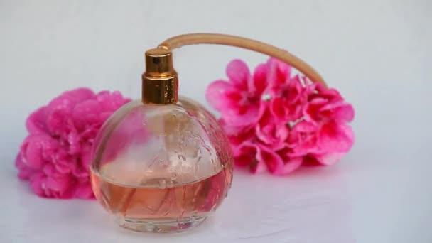 Glass perfume bottle water drops rose flowers hd