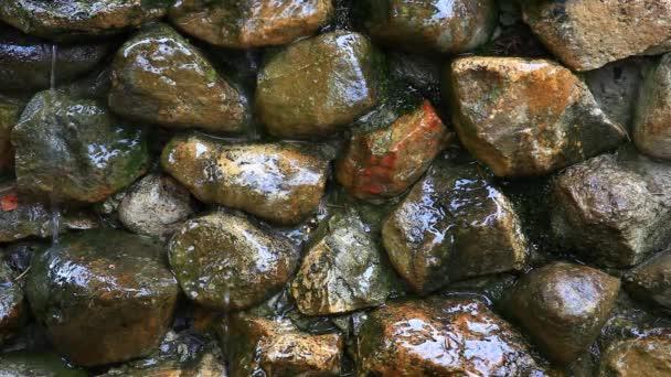 voda spadne kámen pozadí nikdo HD záběr