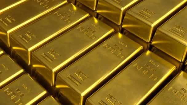 Pohled zblízka pohybující se nad schody z jemně naskládaných zlatých prutů.