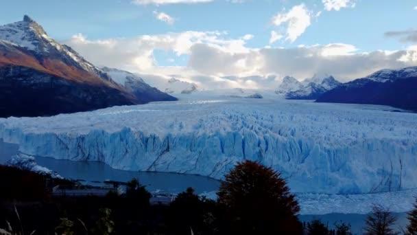 Timelapse Perito Moreno Glacier in Los Glaciares National Park, Patagonia, Argentina