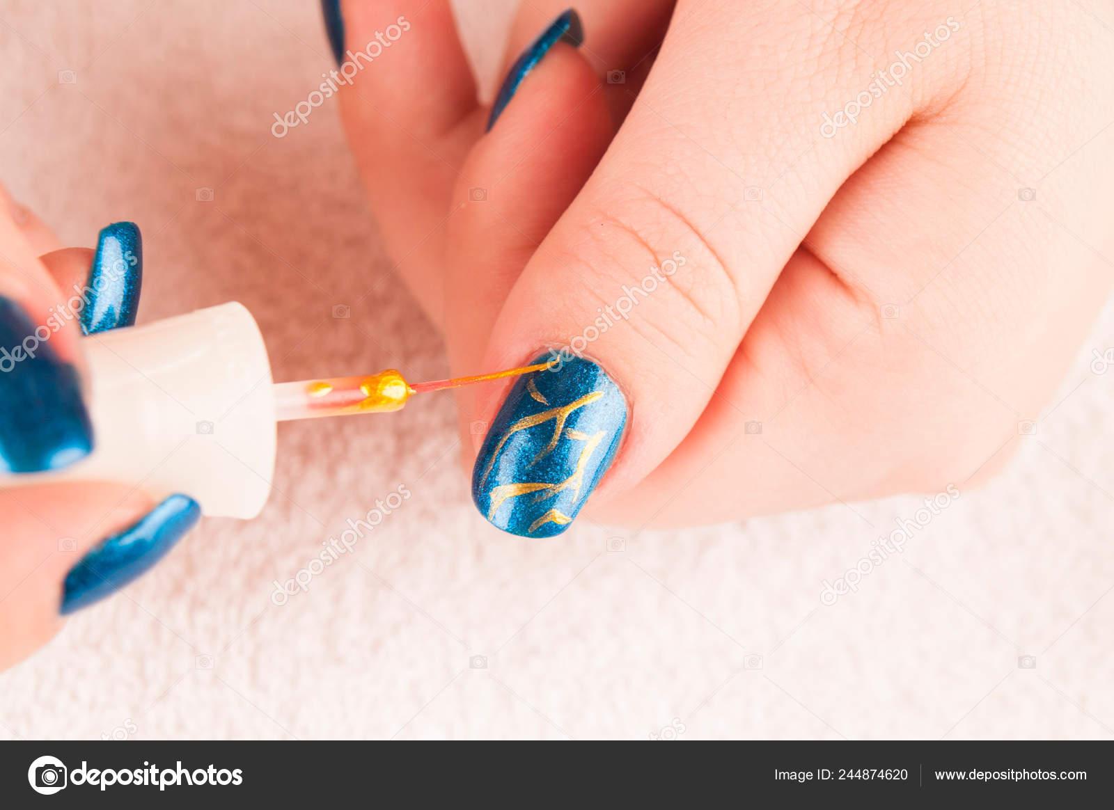 Nail Art Decoración Uñas Con Esmalte Uñas Foto De Stock