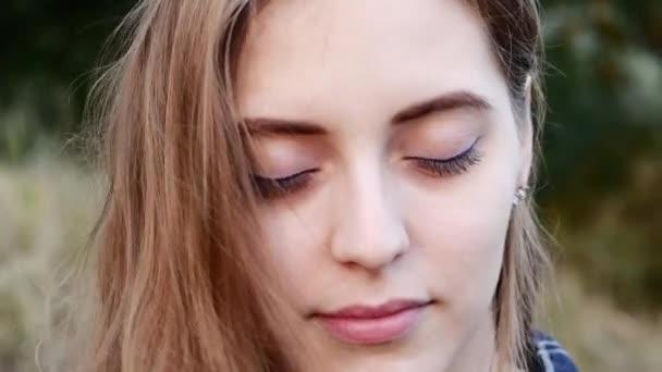 Сексуальные девочки с большими глазками