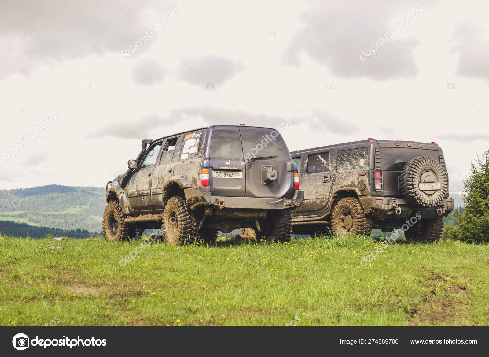 Nissan patrol Y61 and Hummer H2 in the Carpathian Mountains