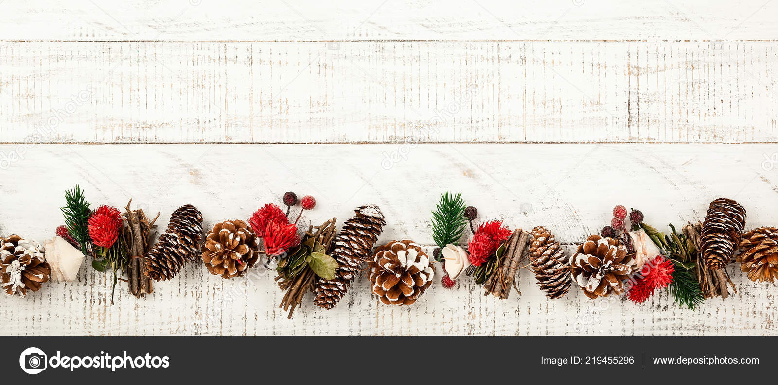 Winter Background Rustic Christmas Garland Using Pine Cones Dried Leaves Stock Photo Image By C Sarsmis 219455296