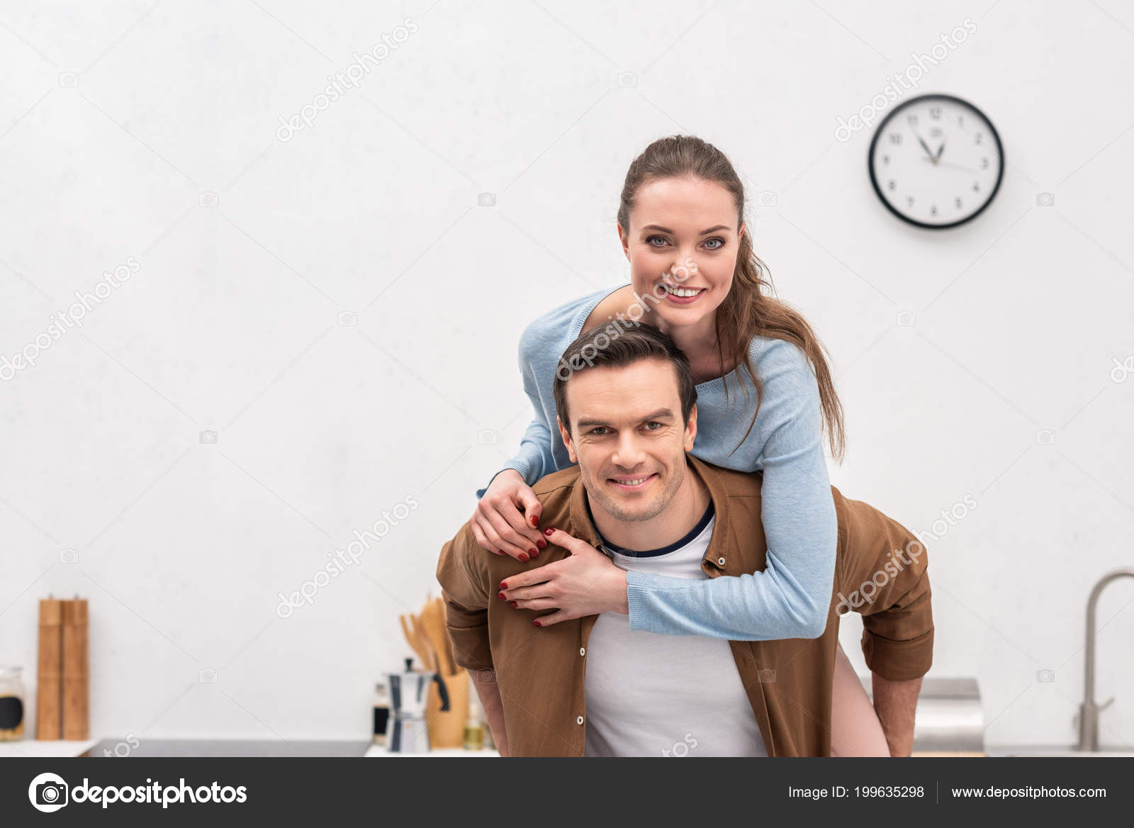 Дома на камеру жена и муж