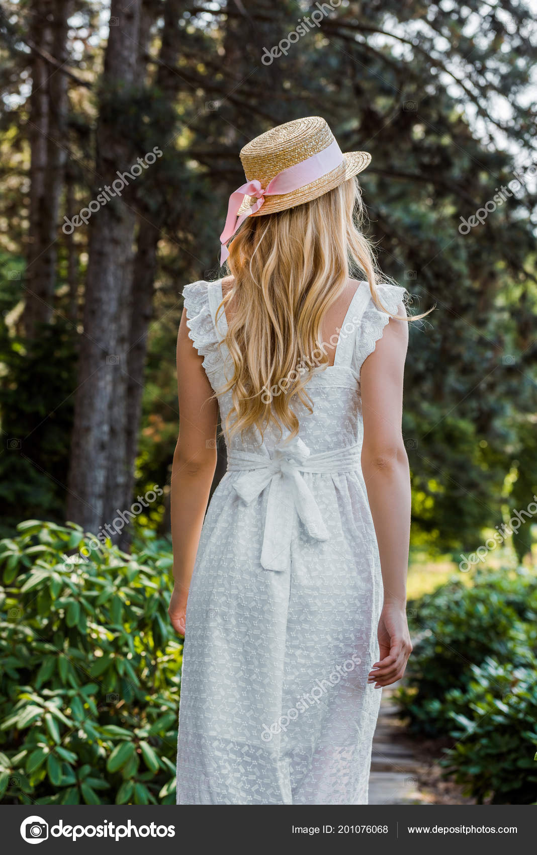 Back View Attractive Girl White Dress Wicker Hat Walking Forest — Stock  Photo 9b1aa64606c2