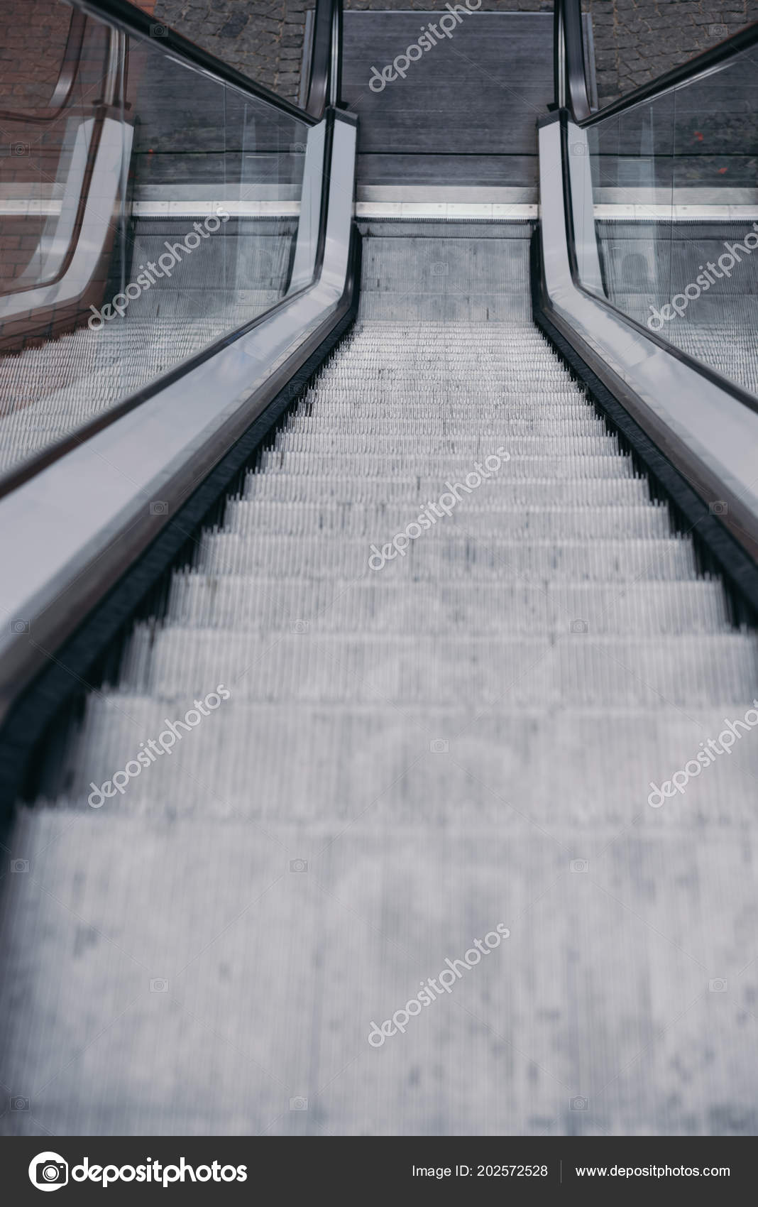 High Angle View Grey Moving Staircase Stairs U2014 Stock Photo