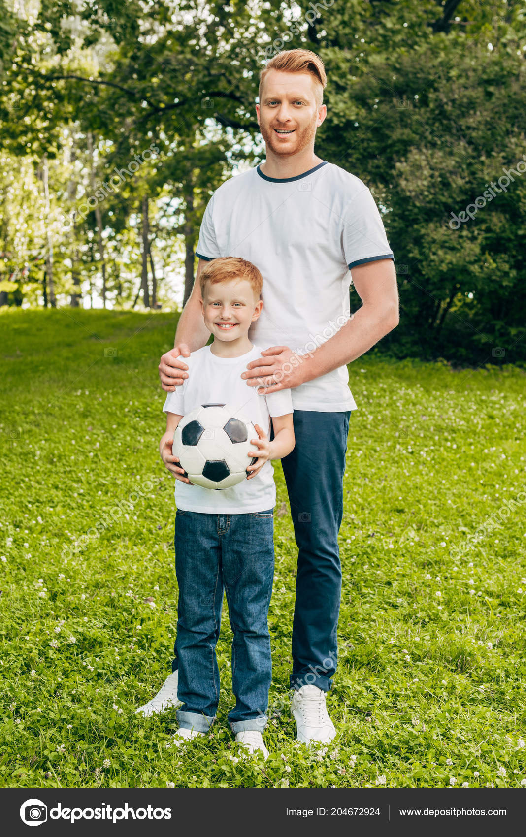 e2489fff5 Happy Father Son Soccer Ball Standing Together Smiling Camera Park — Stock  Photo