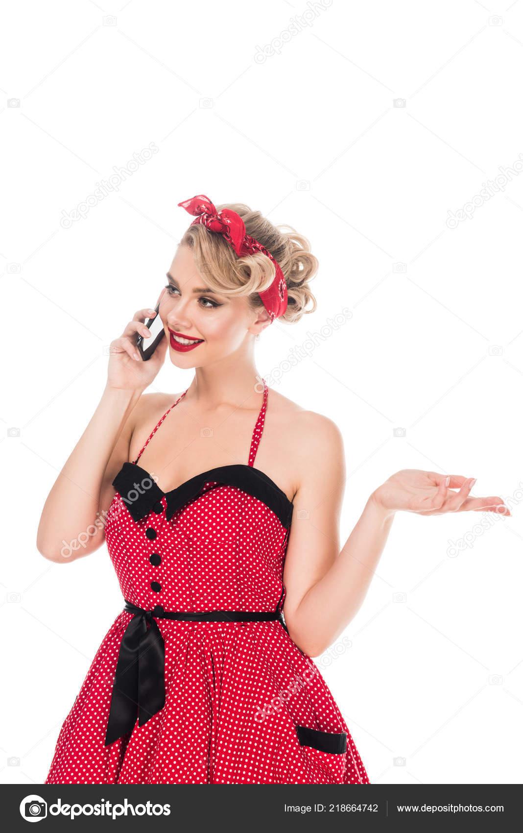 Portrét Elegantní Ženy Retro Oblečení Mluví Smartphone Izolované ... b41bf145f9