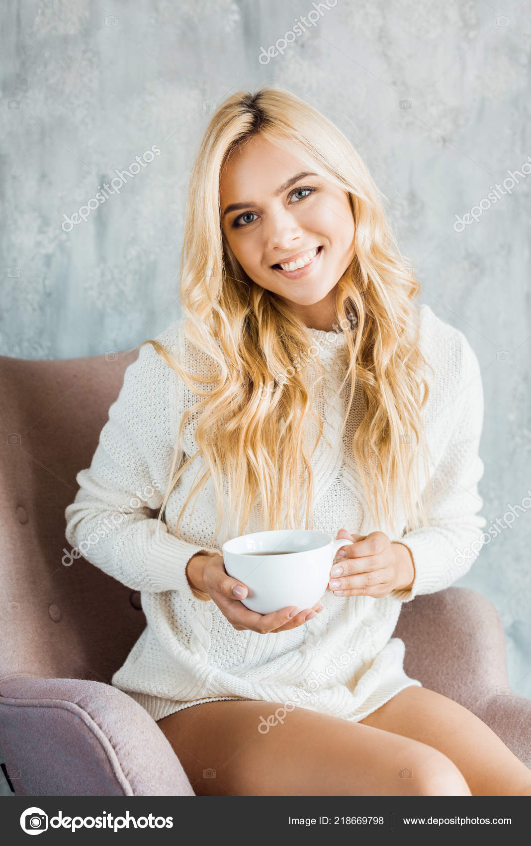 ebd1e16b8e57 Smiling Attractive Woman Sweater Sitting Armchair Holding Cup Coffee  Bedroom — Stock Photo