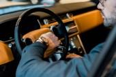 částečný pohled podnikatel Hodinky v luxusních aut