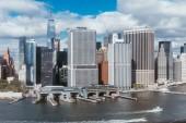 malebný pohled new Yorku budov a Atlantský oceán, usa