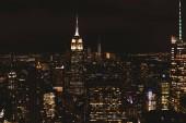 New York, Usa – 8. října 2018: letecký pohled na new york City v noci, usa
