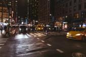 New York, Usa – 8. října 2018: městské scény s new Yorku na ulici v noci, usa