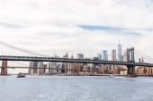 Manhattan, New York, Usa – 8. října 2018: krásný výhled na manhattan a brooklyn most v new Yorku, usa