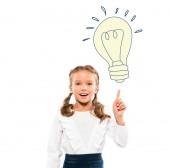 šťastné dítě ukazování prstem na žárovku při představě o bílém