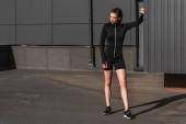 Fotografie Junge sportliche Frau in thermische Kleidung