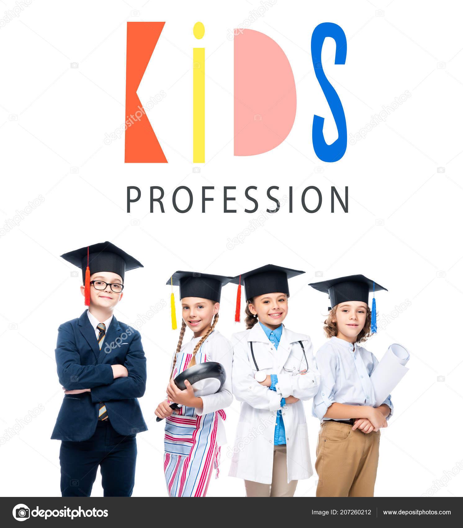 a51bdc165 Escolares Los Trajes Diferentes Profesiones Casquillos Graduación Aislados  Blanco Con — Foto de Stock