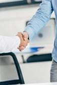 částečné prohlédnout podnikatelé potřesení rukou na pracovišti